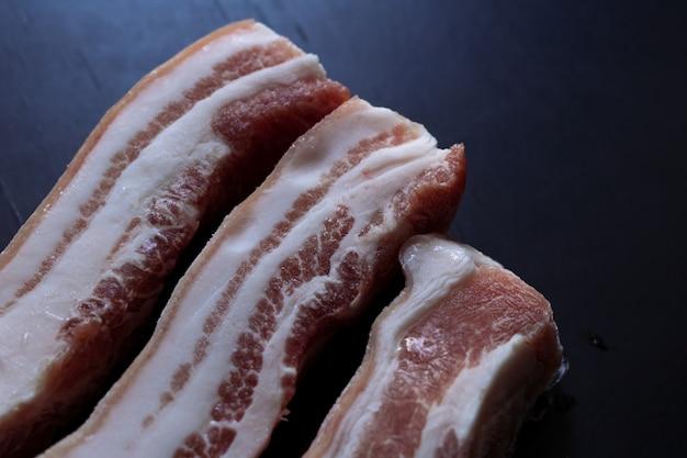 Poitrine de porc crue Photo Premium