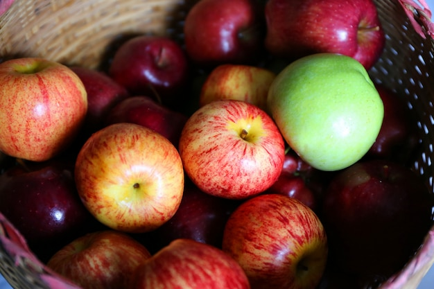 Pomme colorée Photo Premium