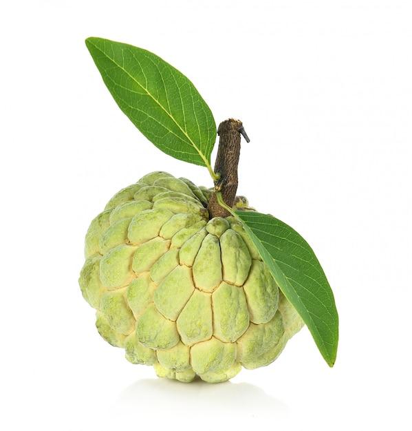 Pomme pâtissière isolée, annona Photo Premium
