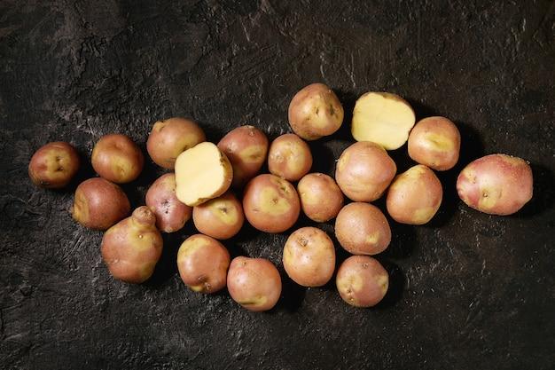Pommes de terre crues miss blush Photo Premium