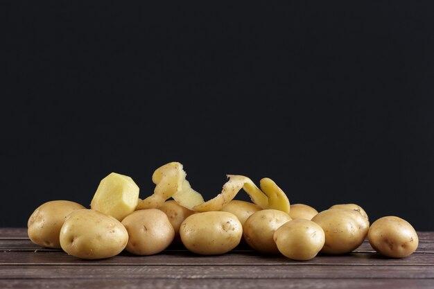 Pommes De Terre Fraîches Photo Premium