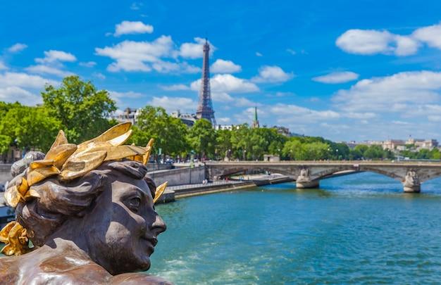 Pont alexandre iii à paris Photo Premium