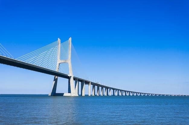 Pont vasco da gama Photo Premium