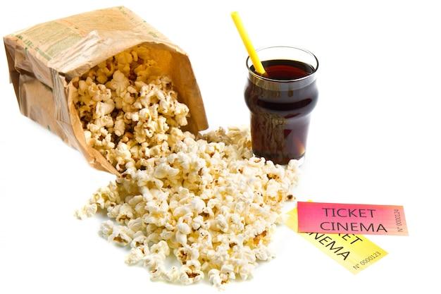 Pop Corn Et Billets De Cinéma Photo Premium