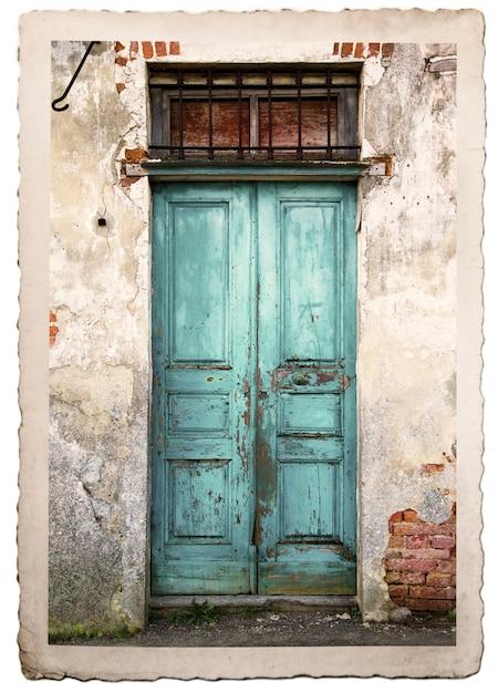 Porte en bois vintage typique Photo Premium