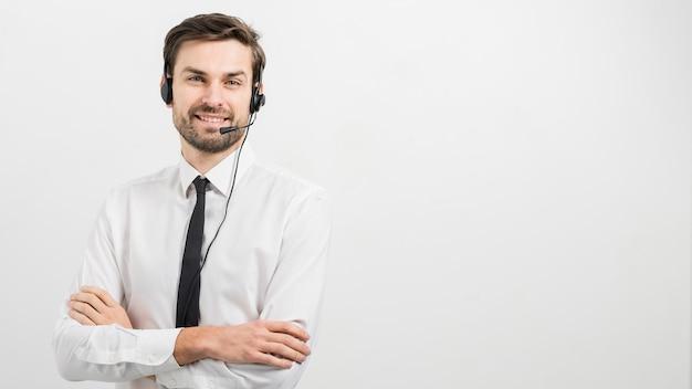 Portrait d'agent de centre d'appel Photo gratuit