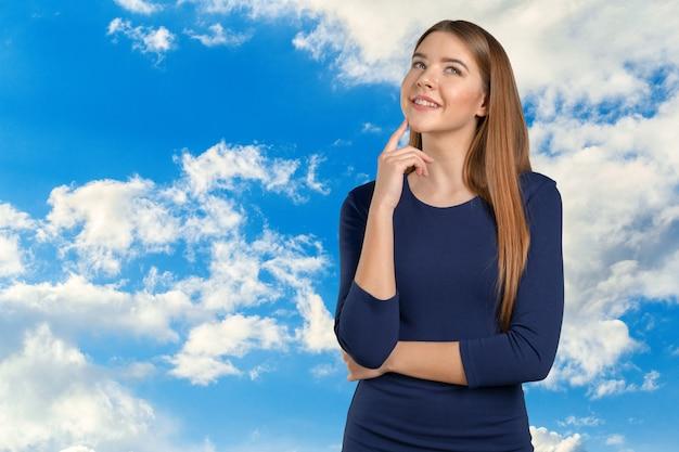 Portrait, De, Confiant, Jeune Femme, Debout Photo Premium