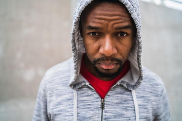 Portrait D'un Homme Athlétique. Photo gratuit