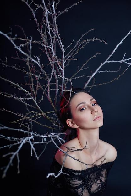 Portrait mystique d'un maquillage de femme arménienne Photo Premium