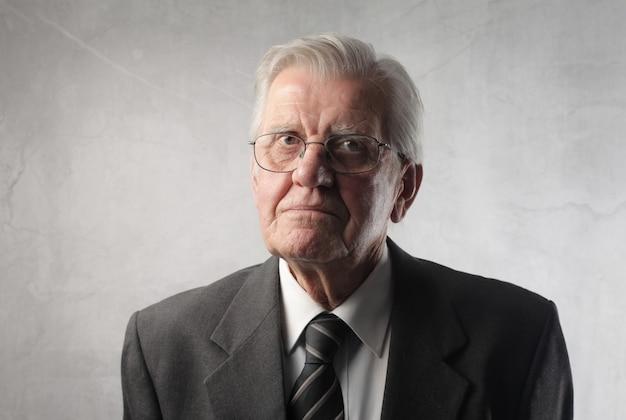 Portrait D'un Vieil Homme Photo Premium