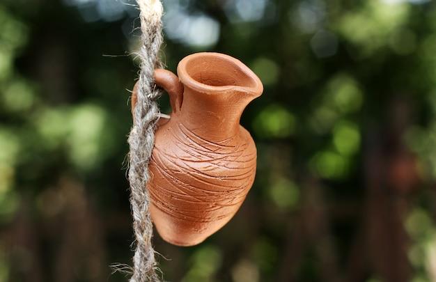 Un pot en argile Photo Premium