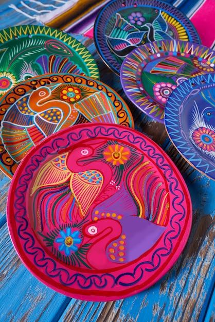 Poterie mexicaine à la talavera du mexique Photo Premium