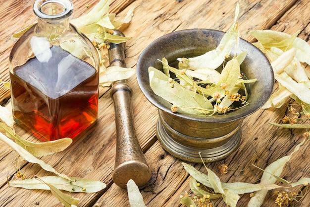 Potion De Tilleul Curative Photo Premium