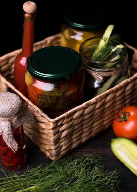 Pots Ange Hauts Avec Légumes Photo gratuit