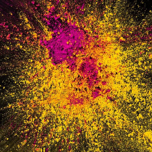 Poudre de holi décorative jaune et rose Photo gratuit