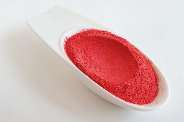 Poudre de pigment de mica rouge Photo Premium