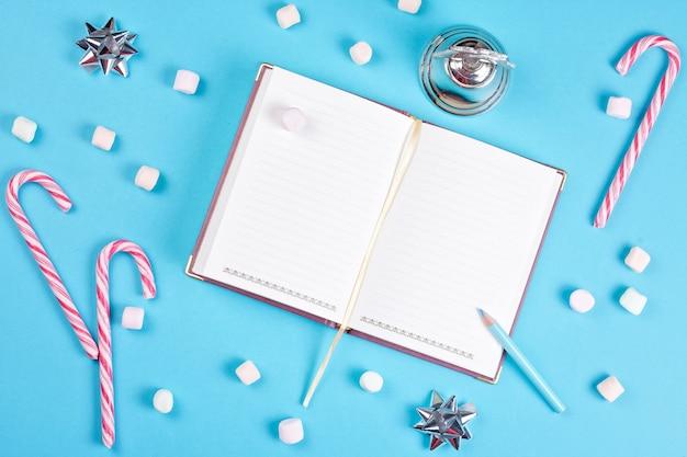 Pour faire une liste de souhaits pour les vacances d'hiver Photo Premium