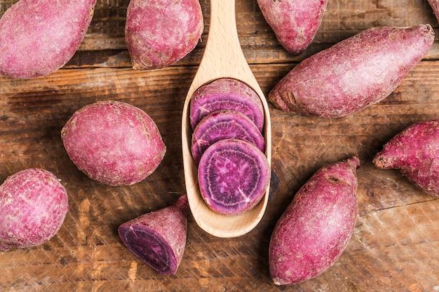 Pourpre de patate douce Photo gratuit