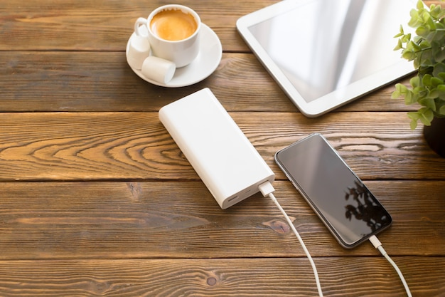 Powerbank Charge Un Smartphone Photo Premium