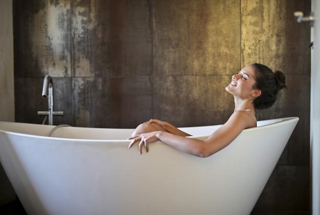 Prendre un bon bain Photo Premium