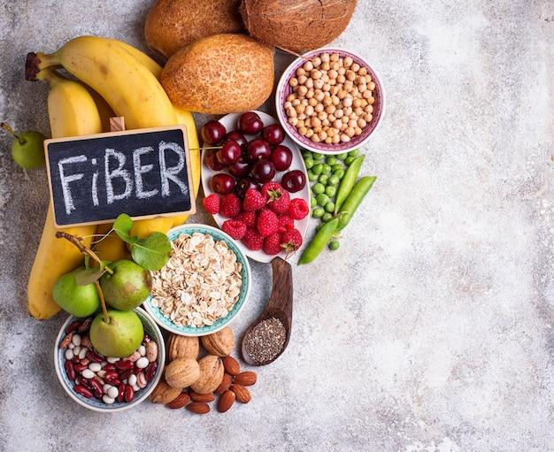 Produits riches en fibres, aliments diététiques Photo Premium