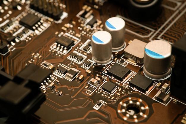 Puce numérique d'ordinateur avec carte mère Photo Premium