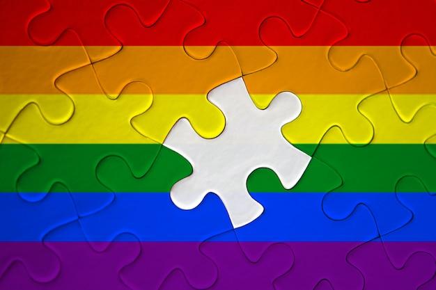 Puzzle du drapeau de fierté lgbt incomplet Photo Premium