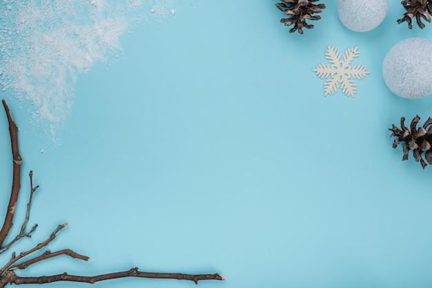 Rameaux, chicots et flocons de neige Photo gratuit