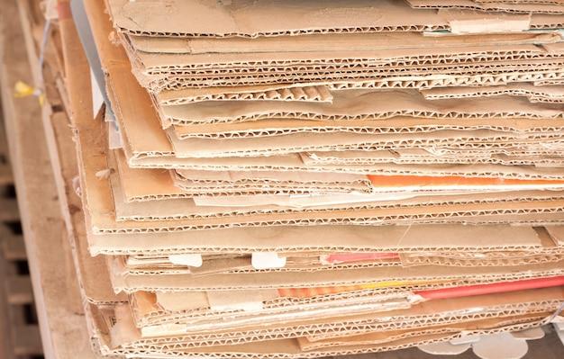 Recycler Les Papiers Des Boîtes Photo gratuit