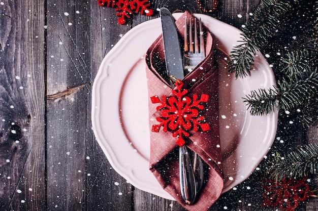 Réglage de la table de noël. Photo Premium