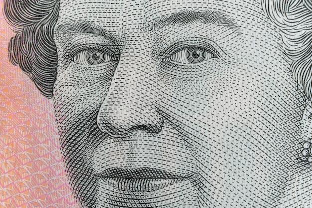Reine Elizabeth Ii: Ultra Macro Shot Sur Le Billet De Cinq Dollars Australien. Photo Premium