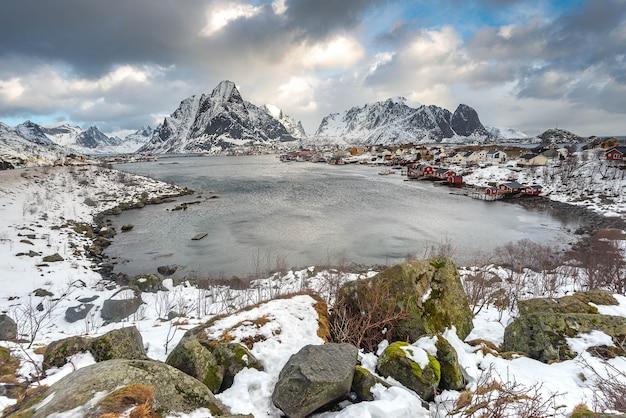Reine à Lofoten, Norvège Photo Premium