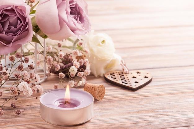 Renoncule Blanc Et Roses Photo Premium