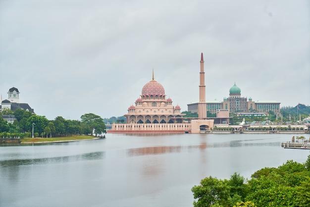 Repère islam putrajaya paysage géométrique Photo gratuit