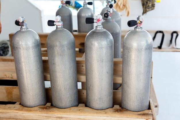 Réservoirs d'air pour la plongée sous-marine Photo Premium