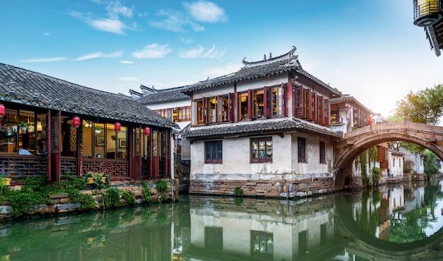 Résidence dans la ville antique de zhouzhuang, suzhou Photo Premium