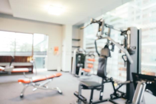 Résumé flou appareils de fitness en salle Photo gratuit
