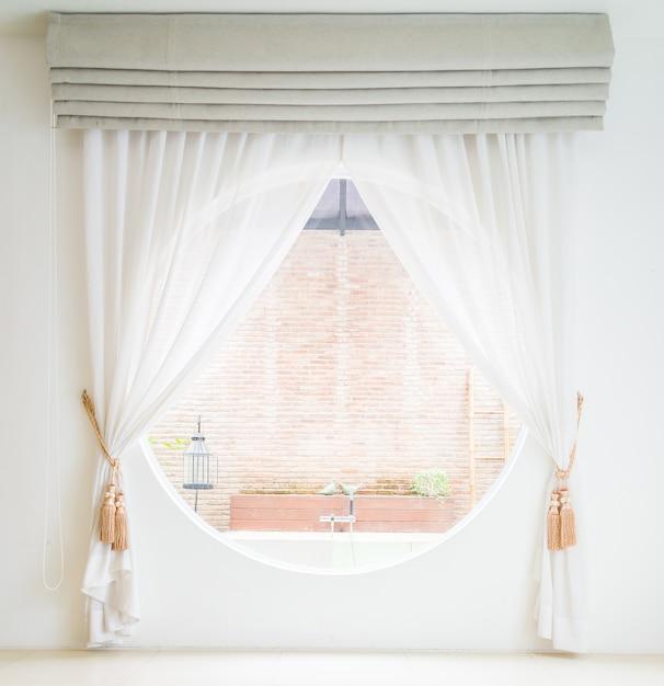 Rideau intérieur de décoration de fenêtre Photo gratuit