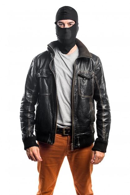 Robber portant une veste en cuir Photo gratuit