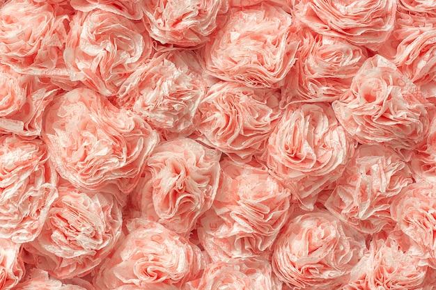 Roses En Papier Décoratif De Serviettes De Table Comme Motif De Fond De Texture. Photo Premium