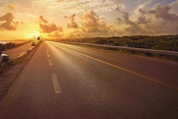 Route de l'île de cozumel quintana roo c-1 Photo Premium