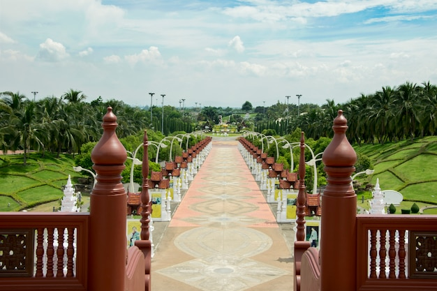 Royal park rajapruek regarder du pavillon royal. chiangmai. thaïlande. Photo Premium