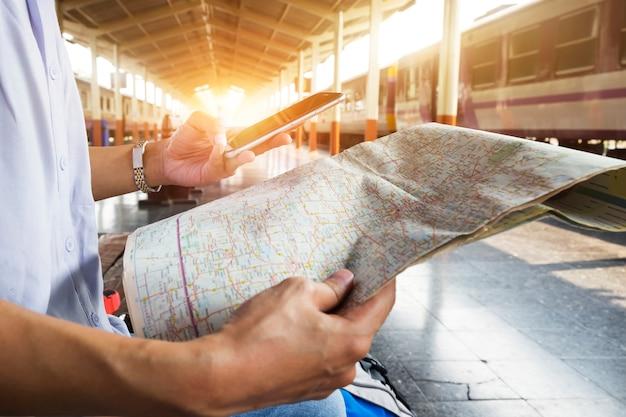Un sac sac à dos destination touristique Photo gratuit