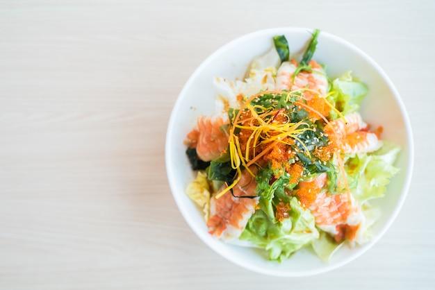 Salade de crevettes Photo gratuit