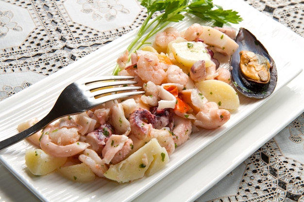 Salade de fruit de mer Photo Premium