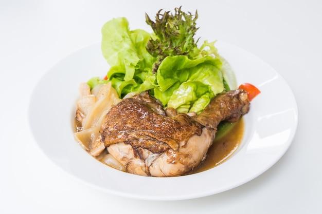 Salade de poulet Photo gratuit