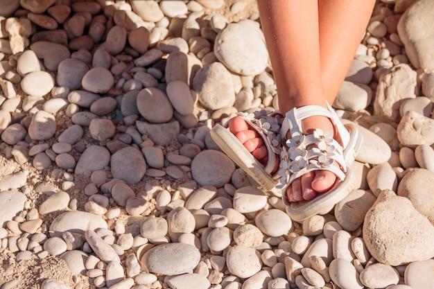 Sandales d'été pour enfants. Photo Premium
