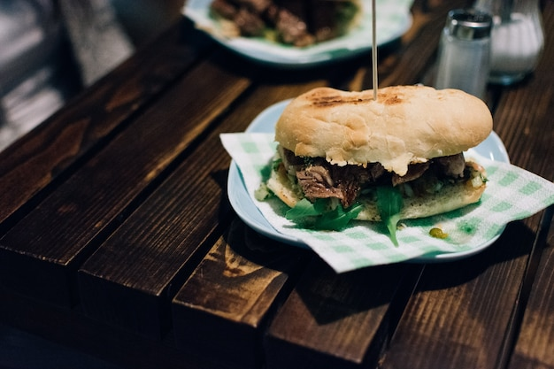 Sandwich Steak Argentin Photo gratuit