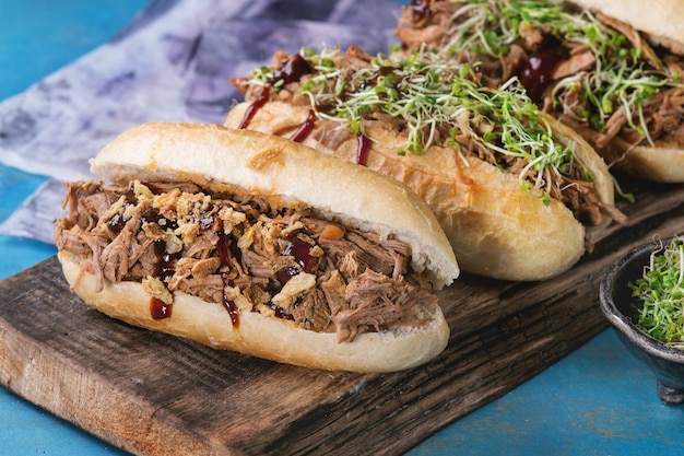 Sandwiches de porc effiloché Photo Premium