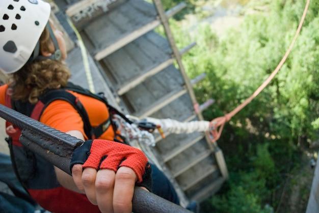 Saut à cordes sportives extrêmes Photo Premium